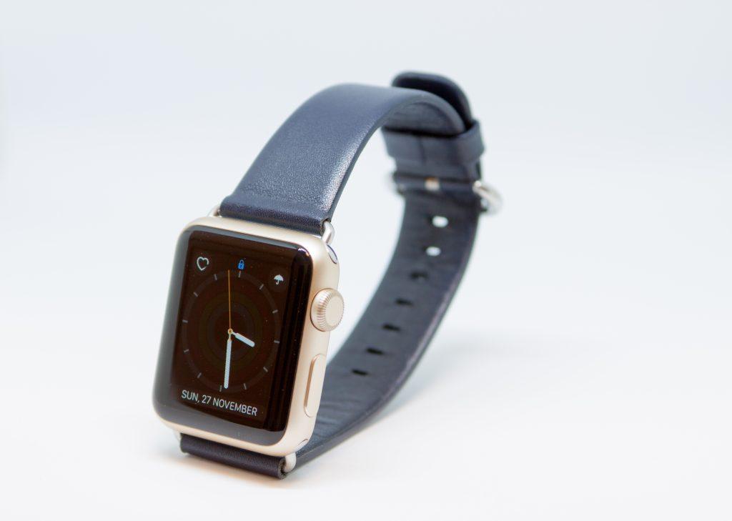 Apple Watch交換ベルト ミッドナイトブルーの本革