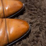 革靴の黒汚れ(ゴム擦れ)をキレイに除去