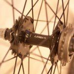 ピストバイクのホイールを交換し軽量化 | 効果絶大