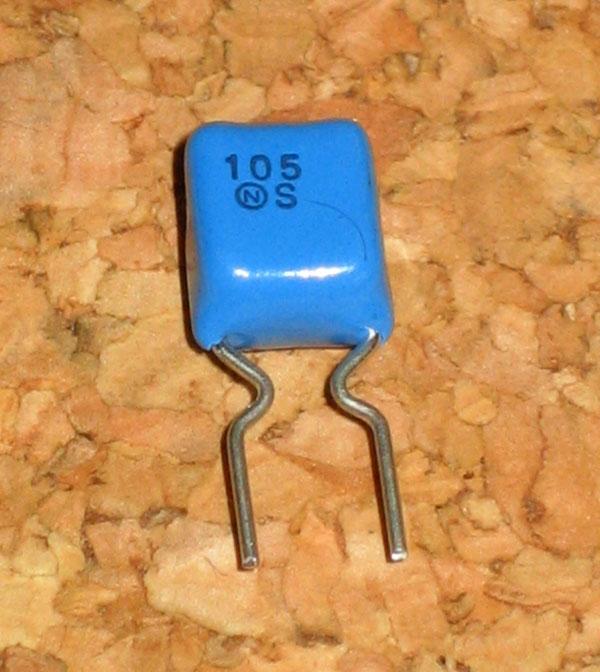 MMD2E105N フィルムコンデンサ