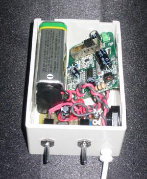多摩電子工業 ing Z-299 FMトランスミッタ改造 箱入れ