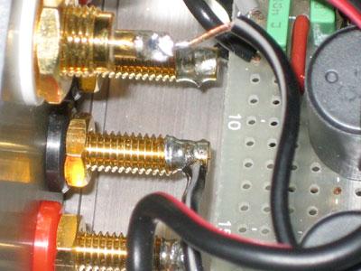 TA2020-20 スピーカー端子に半田付け