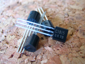 2SC1815 トランジスタ