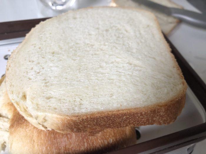 ホームベーカリーで簡単食パン